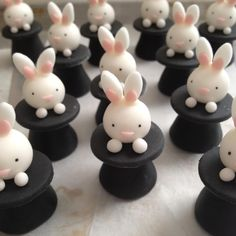 AMAZINGLY adorable cupcake toppers by Julie at http://bluecupcake.com/