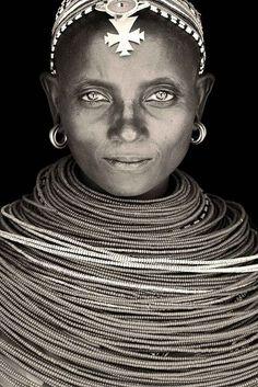 0994 Samburu woman