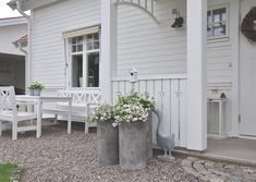 ♡love the all white theme♡ Summer Garden, Lawn And Garden, Home And Garden, House Deck, House Front, Outdoor Spaces, Outdoor Living, Outdoor Decor, Swing Life Away