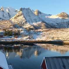 Round tour from the top of Nyvågar Rorbuhotell @visitnorway @northernnorway @mittnordnorge @mittnorge @classicnorway #lofoteninfo #nyvågarrorbuhotell #nyvågar #lofoten #visitnorway #ilovenorway