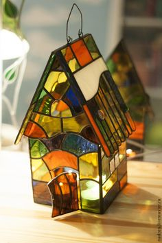 Stained Glass Lamps, Stained Glass Projects, Stained Glass Patterns, Stained Glass Windows, Mosaic Glass, Glass Artwork, Tiffany Glass, Glass Boxes, Wall Sculptures