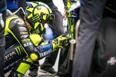 Valentino Rossi, Motorcycle Jacket, Jackets, Fashion, Down Jackets, Moda, La Mode, Moto Jacket, Fasion