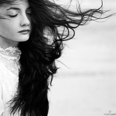 Wind blown hair black and white photography Portrait Inspiration, Black And White Photography, My Hair, Avatar, Portrait Photography, Beauty Hacks, Poses, Long Hair Styles, Beautiful