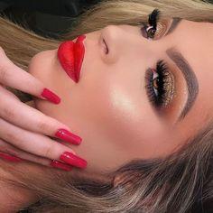 Lipstick, Makeup Ideas, Beauty, Dark Circles Makeup, Makeup Tricks, Makeup Course, Flawless Makeup, Makeup Tips
