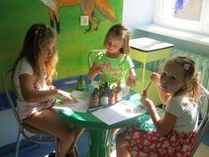 Odział Dziecięcy w Morągu pełen kolorów   Farby Śnieżka