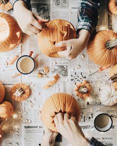 Divatos Halloween tökök / Stylish Jack-O'-Laterns Hygge, Fall Tv, Autumn Fall, Winter, Autumn Aesthetic, Orange Aesthetic, Happy Fall Y'all, Autumn Photography, Fall Pictures