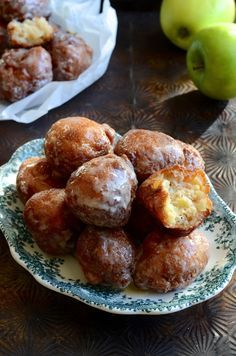 Desserts and sweets Local favourites Double glazed apple fritter donuts Donut Recipes, Sweets Recipes, Whole Food Recipes, Keto Recipes, Desserts, Healthy Sweets, Healthy Baking, Apple Pie Cake, Baked Donuts
