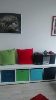 IKEA-Expedit im Jugendzimmer