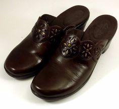 CLARKS BENDABLES Shoes ~ Women's Brown Leather Sunburst Wedge Mules ~ 7 M #Clarks #Mules