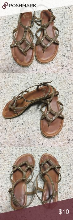 Report sandals size 7 Wemons Report brown sandals size 7 Report Shoes Sandals