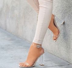 Pretty Toes In Heels