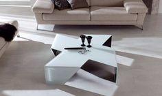 ASPEL: Mesa de centro de cristal con tres acabados diferentes: blanco óptico. Novedad, diseñada  por el estudio CH, innovación y originalidad  para vestir  su vivienda.  Acabados: Blanco óptico, negro o cristal transparente