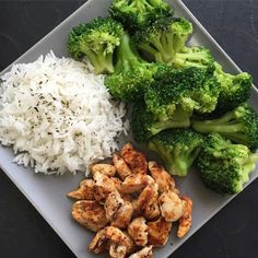 Quick Healthy Breakfast Ideas for Your Busy Morning - NSNETWORK - Repas sains - Healthy recipes easy Quick Healthy Breakfast, Healthy Meal Prep, Healthy Drinks, Healthy Snacks, Healthy Recipes, Keto Recipes, Recipes Dinner, Lunch Recipes, Simple Lunch Ideas