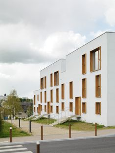 Completed in 2016 in Charleville-Mézières, France. Images by Cyrille Weiner. The 38 housing project is located in Charleville-Mézières next to the Belgian border. This is made up of collective apartments of different sizes,...