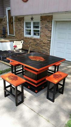 Harley Table