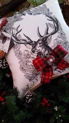 Joyeux Noel Pillow by TheElegantClutter on Etsy Tartan Christmas, Christmas Cushions, French Christmas, Cottage Christmas, Whimsical Christmas, Christmas Pillow, Modern Christmas, Little Christmas, Country Christmas