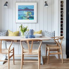 This beautiful Victorian house in London was given a second chance – Dining Room Dining Room Small, Dining Room Walls, Victorian Homes, Dining Room Bench Seating, Home Decor, House Interior, Dining Room Bench, Kitchen Seating, Dining Room Inspiration