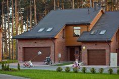 Облицовка стен дома из керамического кирпича.