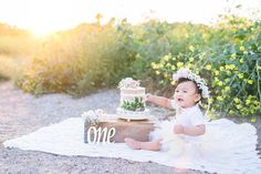 """""""Spring is nature's way of saying, 'Let's party.'"""" – Robin Williams And have we got a Fresh, Spring Cake Smash Party for you! Chelsey Crouse Photographysent us this gorgeous Spring Cake Smash Session along withsome of her best Cake SmashRead more"""