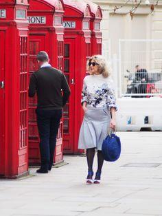 Street Style Fashion, Brenda Lukwago at London Fashion Week, London College Of Fashion, London Fashion, Fashion News, Style Fashion, Fashion Design, Fashion Brenda, New Perspective, Fashion Stylist, Timeless Design