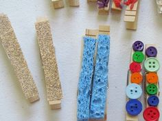 Textured clothespins give an extra twist on fine motor development by adding a sensory component. Post from Child Central Station. Senses Preschool, Preschool Science, Preschool Lessons, Preschool Activities, Tactile Activities, Motor Activities, Toddler Activities, Sensory Table, Sensory Bins