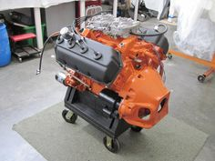 1968 426 hemi with the correct factory cast iron bellhousing and starter. This engine Dyno'd at 500hp on the Super Flow dyno.