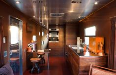 Yes- its a mobile-home!Jane Hallworth's 1955 Spartan Aircraft Imperial Mansion All-Aluminum Trailercoach