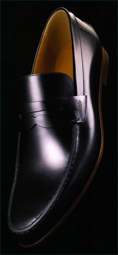 Gucci loafers. Mens shoes #shoes #mens | Raddest Men's Fashion Looks On The…