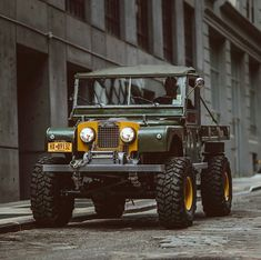 Timm Cooper built Series One 107 Ute for sale. Built on a wheelbase chassis. The original Land Rover engine that produced a… Cj Jeep, Jeep 4x4, Auto Jeep, Land Rovers, Land Rover Defender, Vintage Trucks, Old Trucks, Landrover Serie, Range Rover Classic