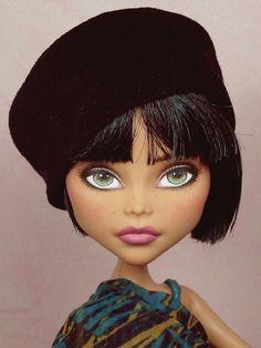 Beautiful Custom Repaint Monster High Doll by Ellen Harris   #doll #monsterhigh #custom