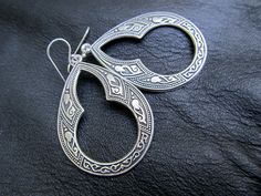 I finally figured out how to pin things. silver hoop earrings Moroccan bohemian by Gypsymoondesigns on Etsy, $20.00
