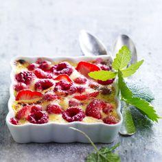 Découvrez la recette du gratin de fruits rouges