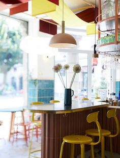 Good Goût - Les Louves Brand Content et 4 Expériences dans 4 villes de France sur la diversification du goût. Table, France, Content, Furniture, Home Decor, Morning Breakfast, Home Made, Cities, Decoration Home