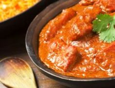 Chicken Tikka Masala Recipe- Learn how to make Chicken Tikka Masala step by step on Times Food. Find all ingredients and method to cook Chicken Tikka Masala along with preparation & cooking time. Chicken Tikka Masala, Chicken Butter Masala, Poulet Tikka Masala, Pollo Tikka, Butter Masala Recipe, Tandoori Masala, Indian Chicken, Chicken Curry, Healthy Recipes