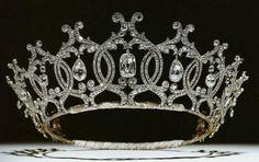 The Duchess of Portland tiara. The Duchess wore this tiara to Queen Elizabeth II's coronation. Royal Crowns, Royal Tiaras, Crown Royal, Tiaras And Crowns, Imperial Crown, Queen Crown, Poltimore Tiara, British Crown Jewels, Faberge Eier