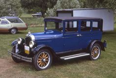 Chrysler Cars, Fun Stuff, Antique Cars, Competition, Classic Cars, Motorcycles, Carving, Trucks, Vehicles