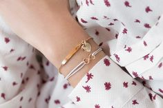 Chain bracelet with plate. The most beautiful emotions with you, always. Lilou introduces an extremely delicate bracelet, a model which can be customized thanks to the engraving.  #bemylilou #bracelet #style #fashion