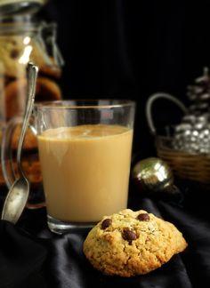 Сладко и Солено: Овесени бисквитки с орехи и шоколад