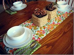How to make a table runner and napkins that custom fit your table...SUPER easy!