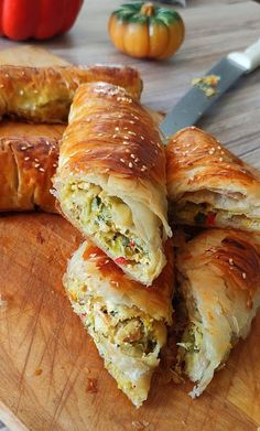 Food Network Recipes, Cooking Recipes, The Kitchen Food Network, Spanakopita, Greek Recipes, No Cook Meals, Sandwiches, Bread, Ethnic Recipes