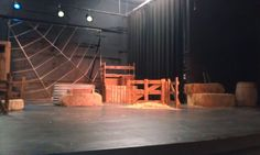 Charlottes Web set design 2011