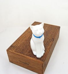 Vintage Avon White Glass Cat Shaped Perfume by thesecretcupboard, £9.00