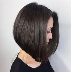 Smooth Shiny A-Line Lob # Longbobhaircut # Aline # Shiny … Inverted Bob Haircuts, Choppy Bob Hairstyles, Long Bob Haircuts, Medium Hair Styles, Short Hair Styles, Balayage Brunette, Layered Hair, Hair Dos, Textured Hair