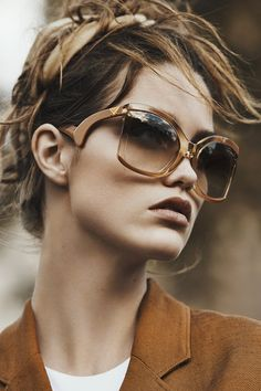 save 90% off or more,you will like our sunglasses and online store,welcom you view web or buy it,thanks and have a nice day!