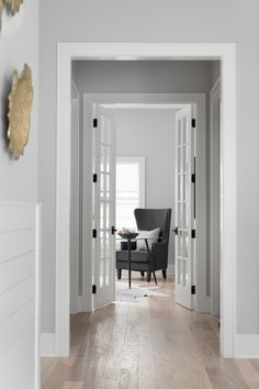 Best Gray Paint, Grey Paint Colors, Bedroom Paint Colors, Black Cabinets, Hallway Decorating, Home Hacks, Ceiling Design, Great Rooms, Custom Homes