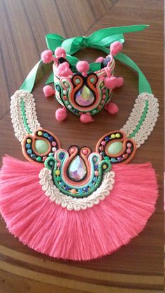 Ethnic fringe necklace with bracelet от MyKmiAccesorios на Etsy Diy Fabric Jewellery, Beaded Jewelry Designs, Fabric Necklace, Fringe Necklace, Embroidery Jewelry, Beaded Embroidery, Terracotta Jewellery Making, Fabric Beads, Soutache Jewelry