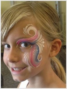 Super painting face kids tutorials cheek art 25 ideas a very cool spiderman face paint design step by step by annabel hoogeveen Girl Face Painting, Face Painting Designs, Painting For Kids, Body Painting, Simple Face Painting, Face Painting Tutorials, Simple Face Paint Designs, Face Painting Unicorn, Painting Tricks