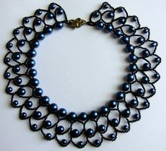 Black and dark blue pearl necklace ( Pearl Petals necklace)