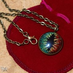 Cabochon - Portugal by Phenglar on DeviantArt Fantasy Art, Portugal, Pendant Necklace, Deviantart, Bracelets, Crafts, Jewelry, Manualidades, Jewlery