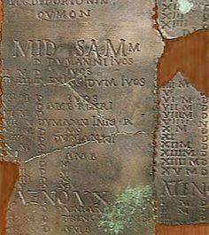 Calendrier gaulois de Coligny - IIème siècle - (grande table de bronze) trouvée à Coligny (Ain)